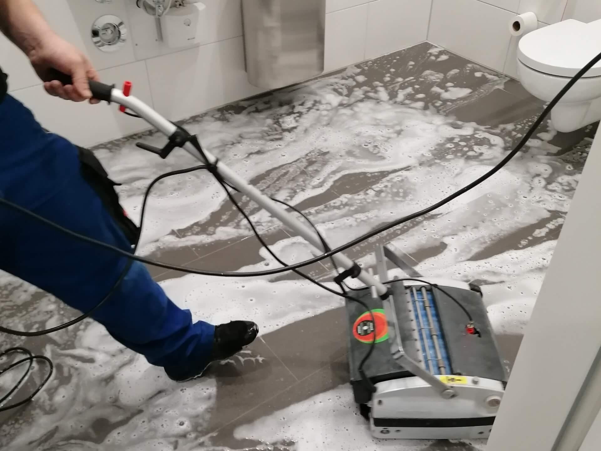 Janitor 2.0 - Gebäudereinigung im Raum Karlsruhe